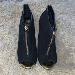 Mossimo black and gold heels shoes size 8